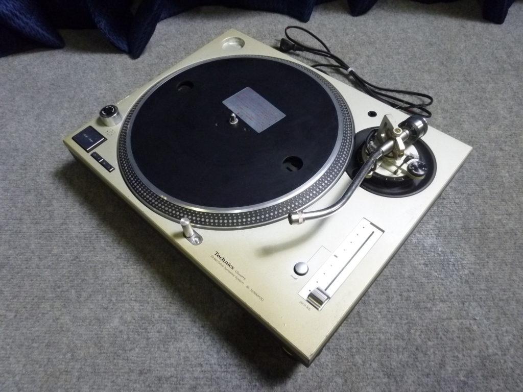 テクニクスのレコードプレーヤー