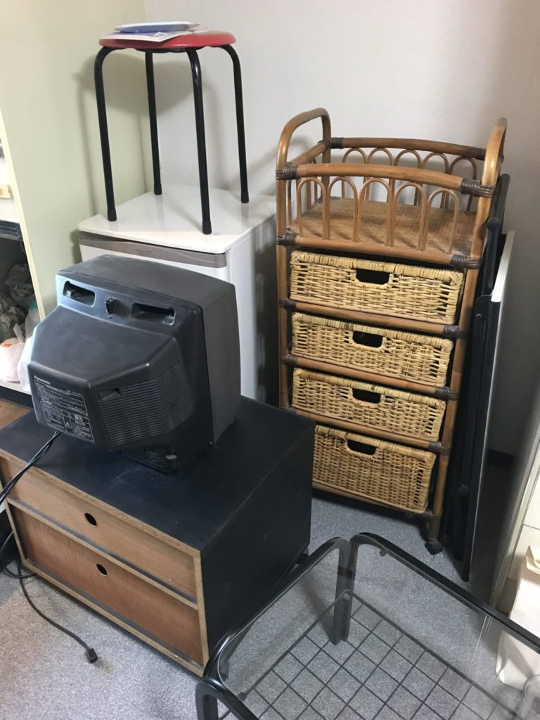 冷蔵庫・テレビ・棚の撤去
