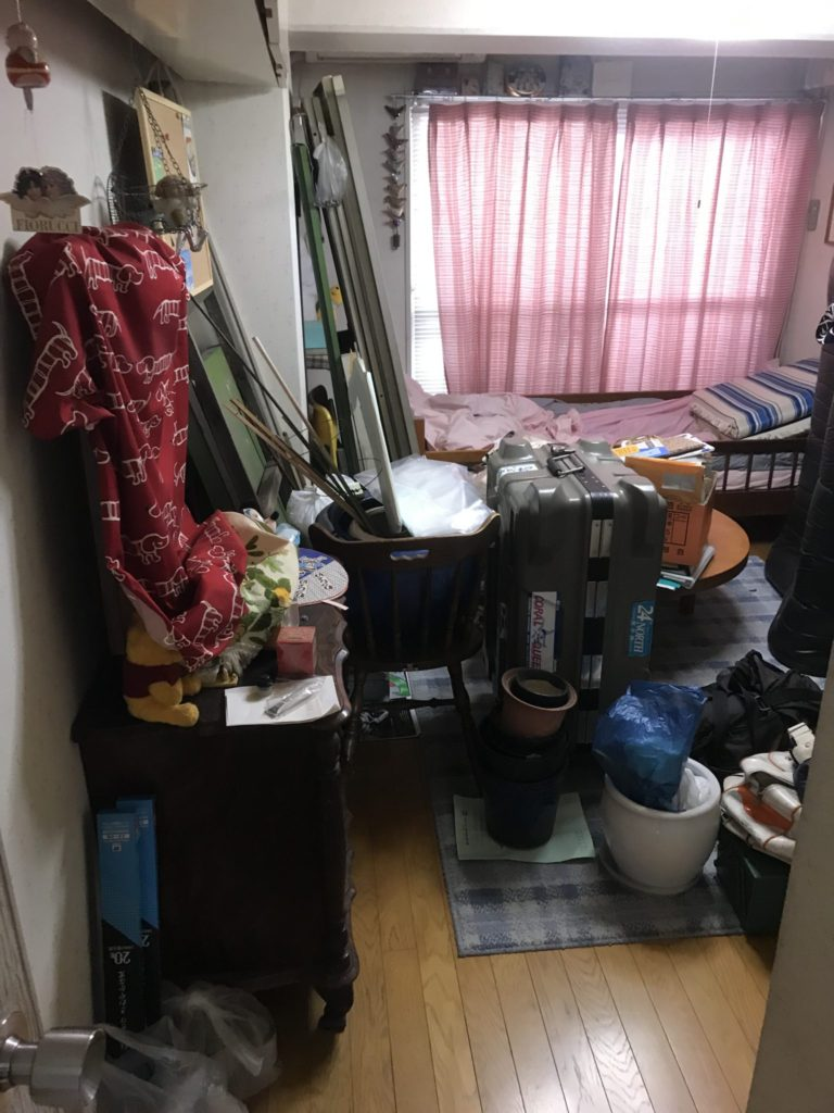 大阪市天王寺区の大量の不用品回収前1
