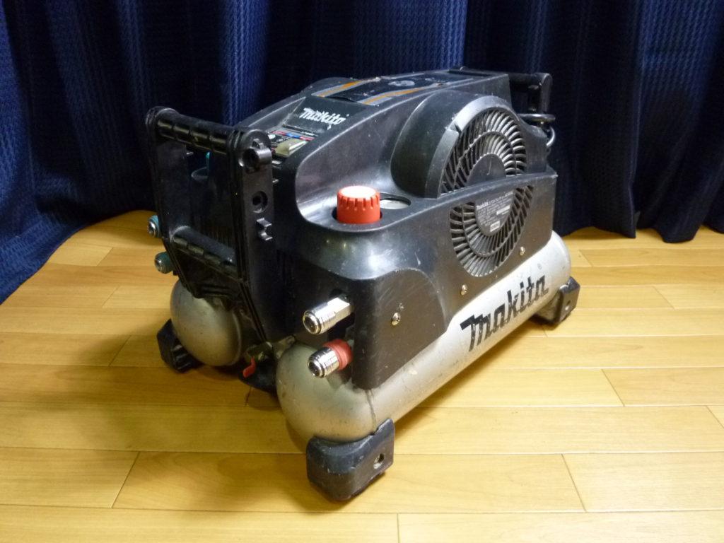大阪市浪速区にてマキタのエアコンプレッサーを買取
