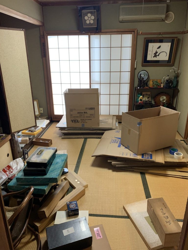 大阪府堺市堺区遺品整理 家一軒丸ごと整理前4