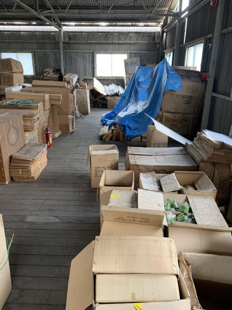 大阪府堺市の倉庫整理 大量の不用品処分前6