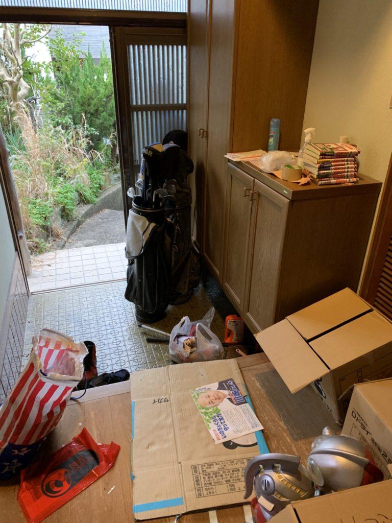 大阪府富田林市M様40台女性家一軒まるごと整理大量の不用品処分前1