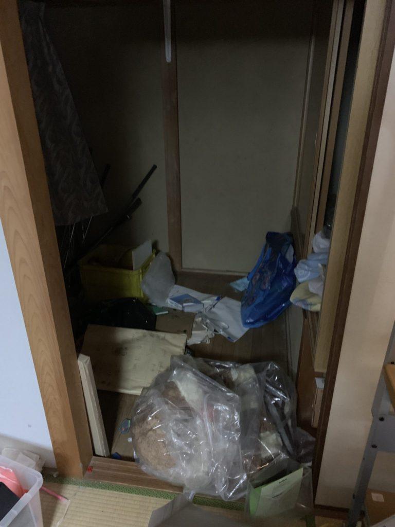 大阪府富田林市M様40台女性家一軒まるごと整理大量の不用品処分前7