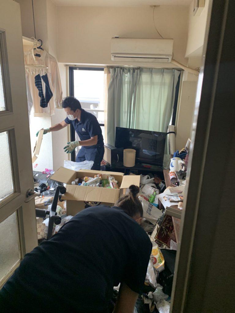 大阪市淀川区 60代 男性 汚部屋整理・大量の不用品回収前4