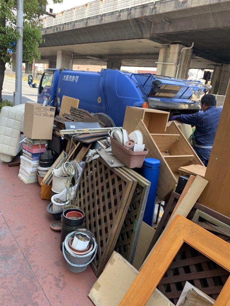 大阪市平野区 50代 男性 店舗片付け 大量の不用品処分前4