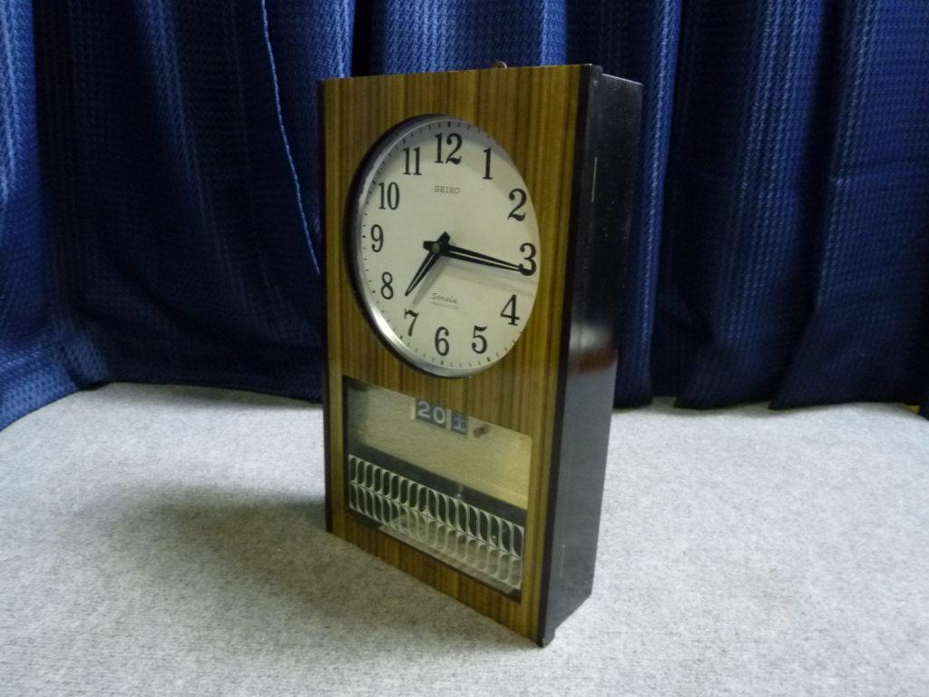 クリニーズによる大阪市旭区で昭和レトロな掛時計の不用品買取事例